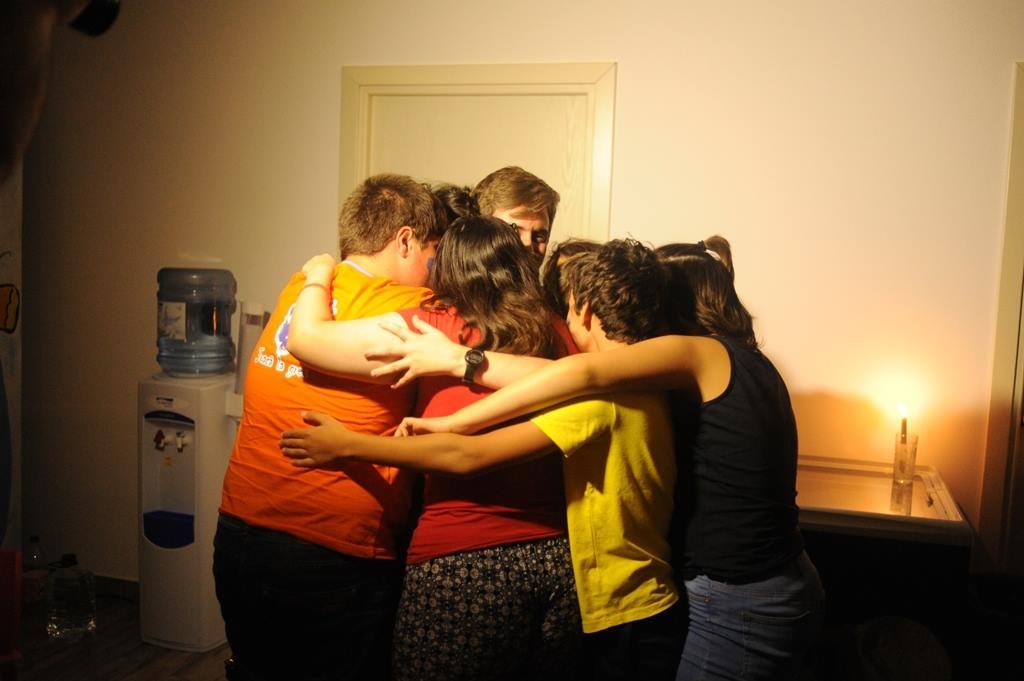 imbratisare grup